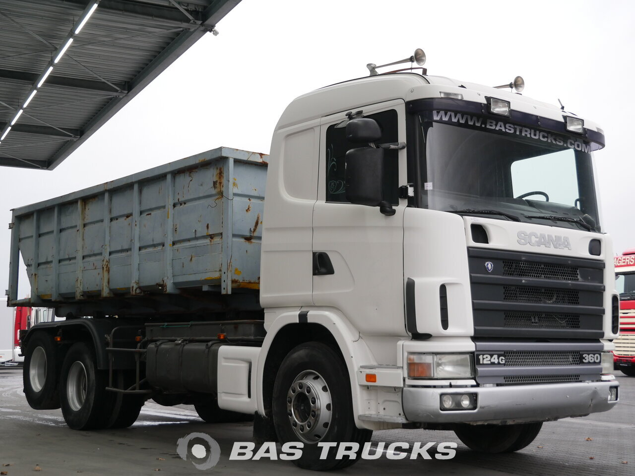 photo of Used Truck Scania R124G 400 6X2 1999
