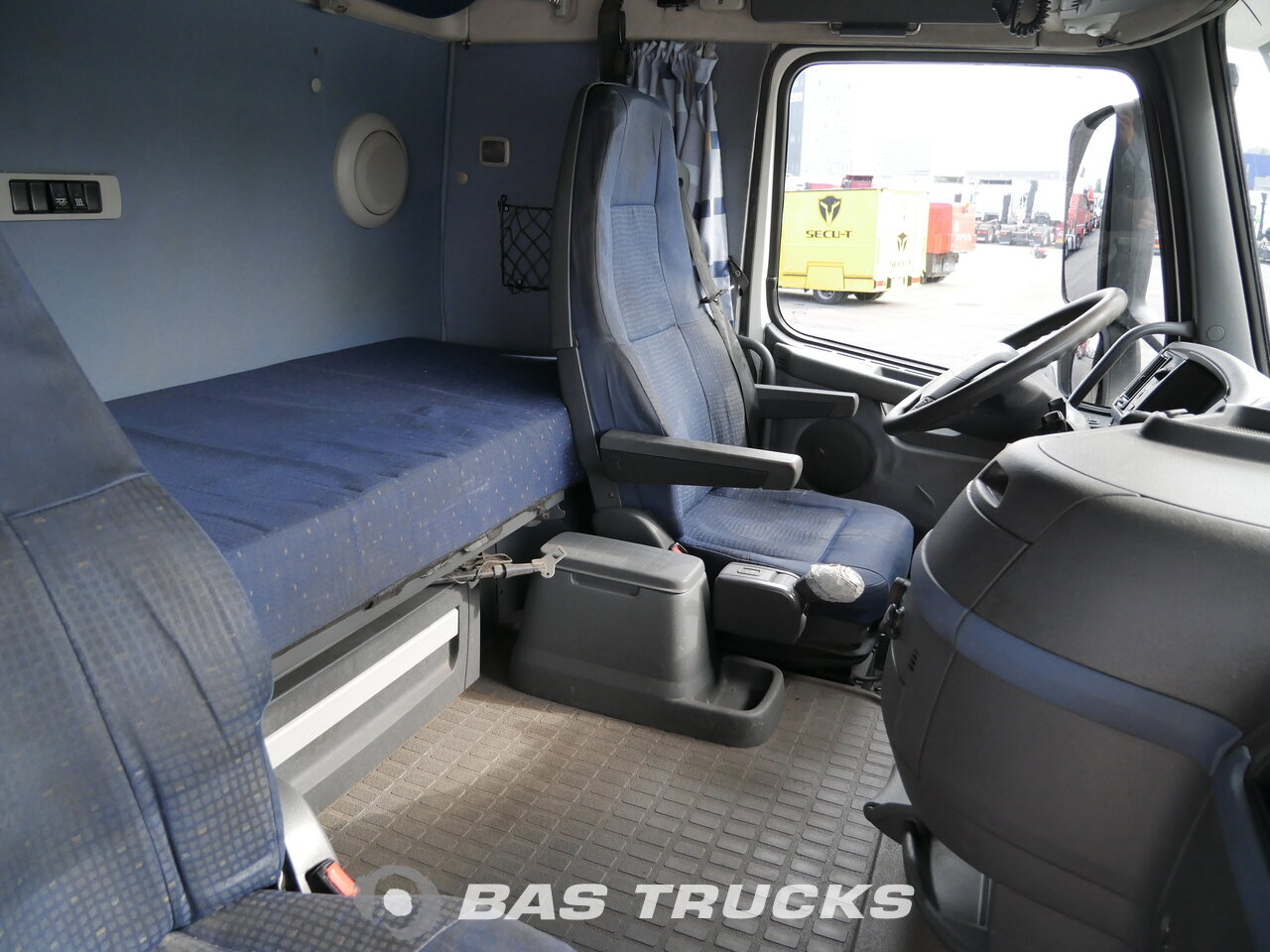 photo of Used Truck Volvo FH 440 XL 6X2 2007