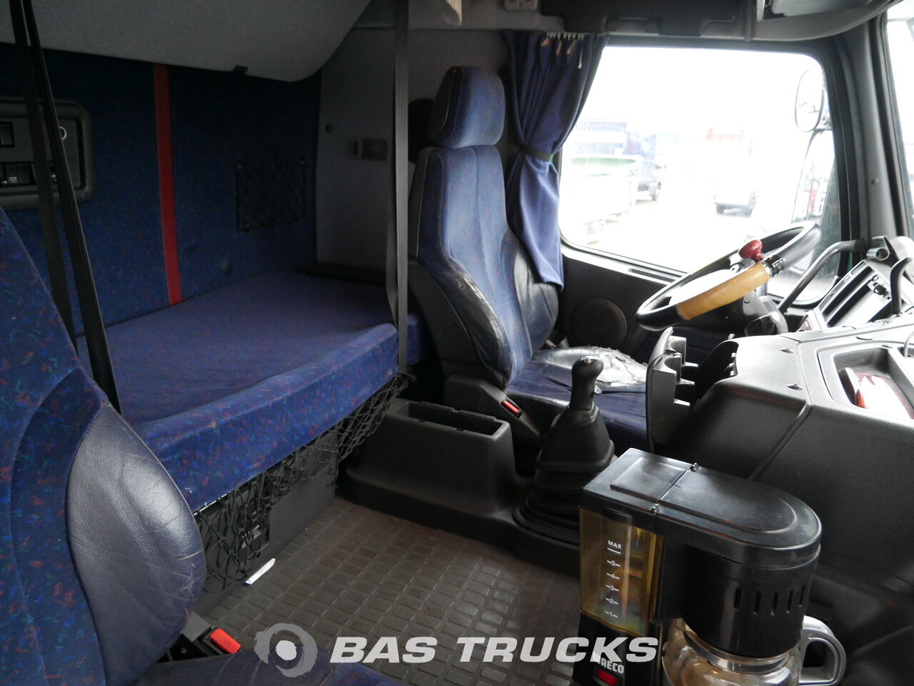 photo of Used Truck Volvo FH12 420 6X2 1999