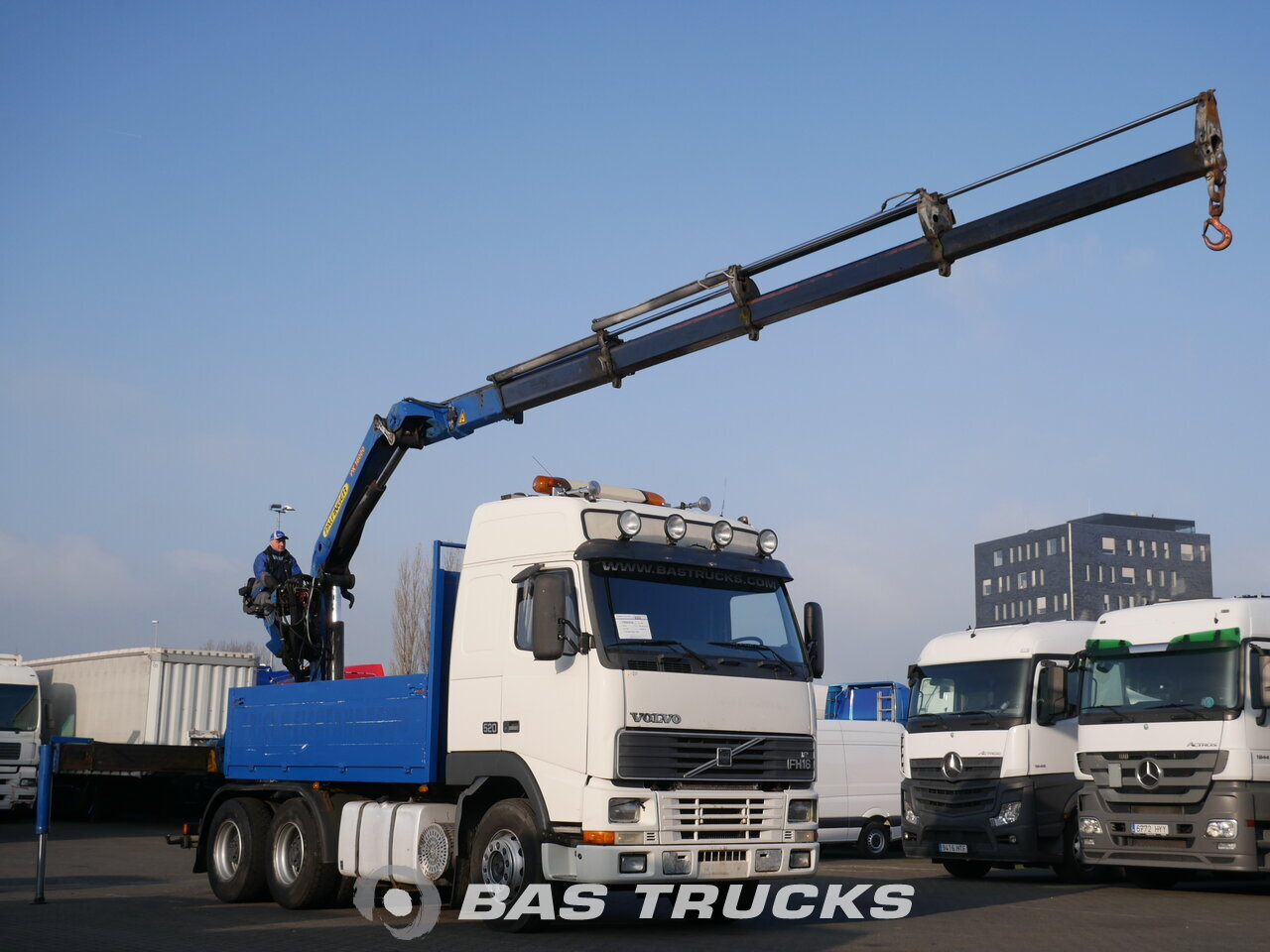 photo of Used Truck Volvo FH16 520 6X4 1997