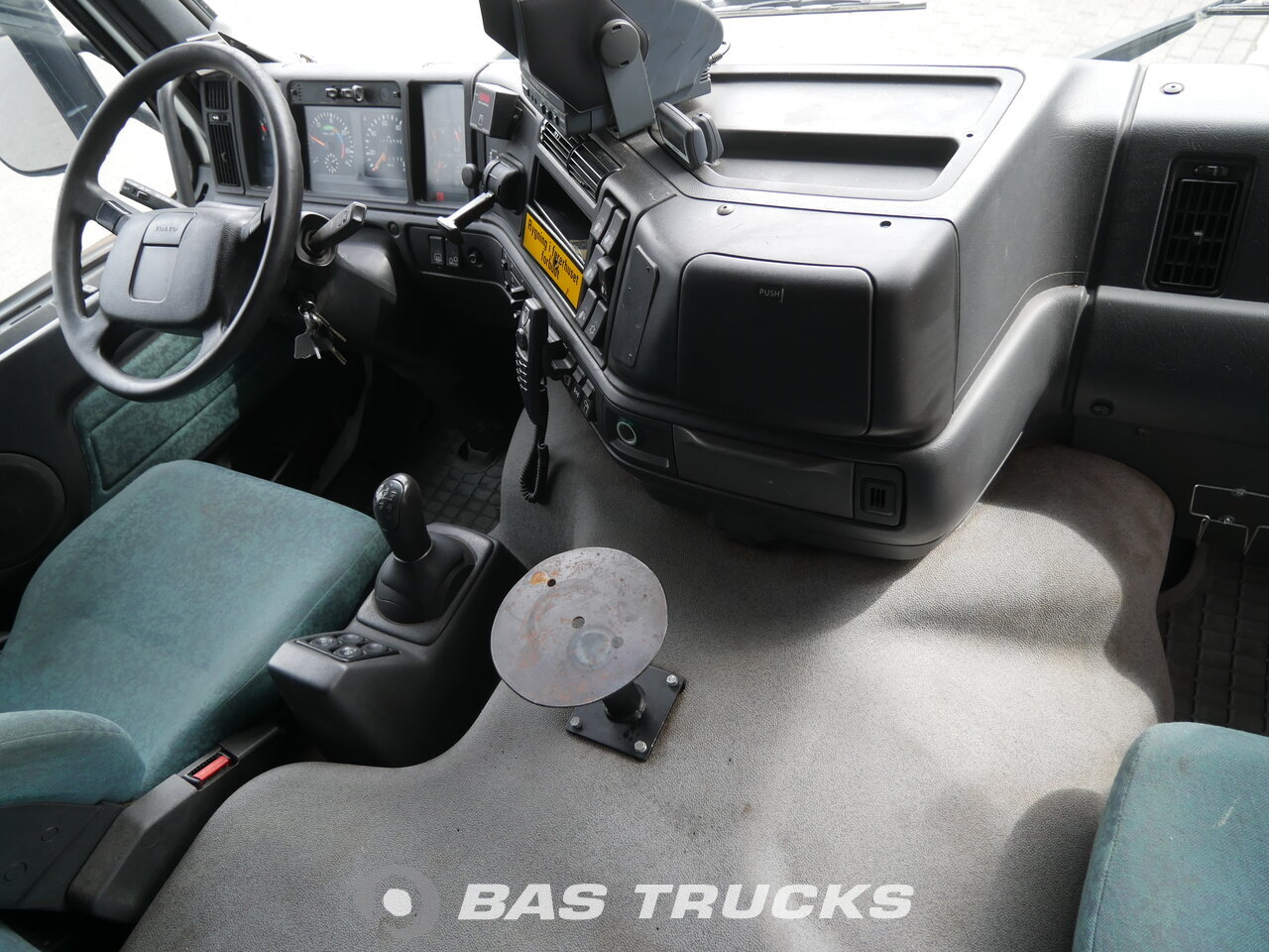 photo of Used Truck Volvo FM12 340 8X2 1999