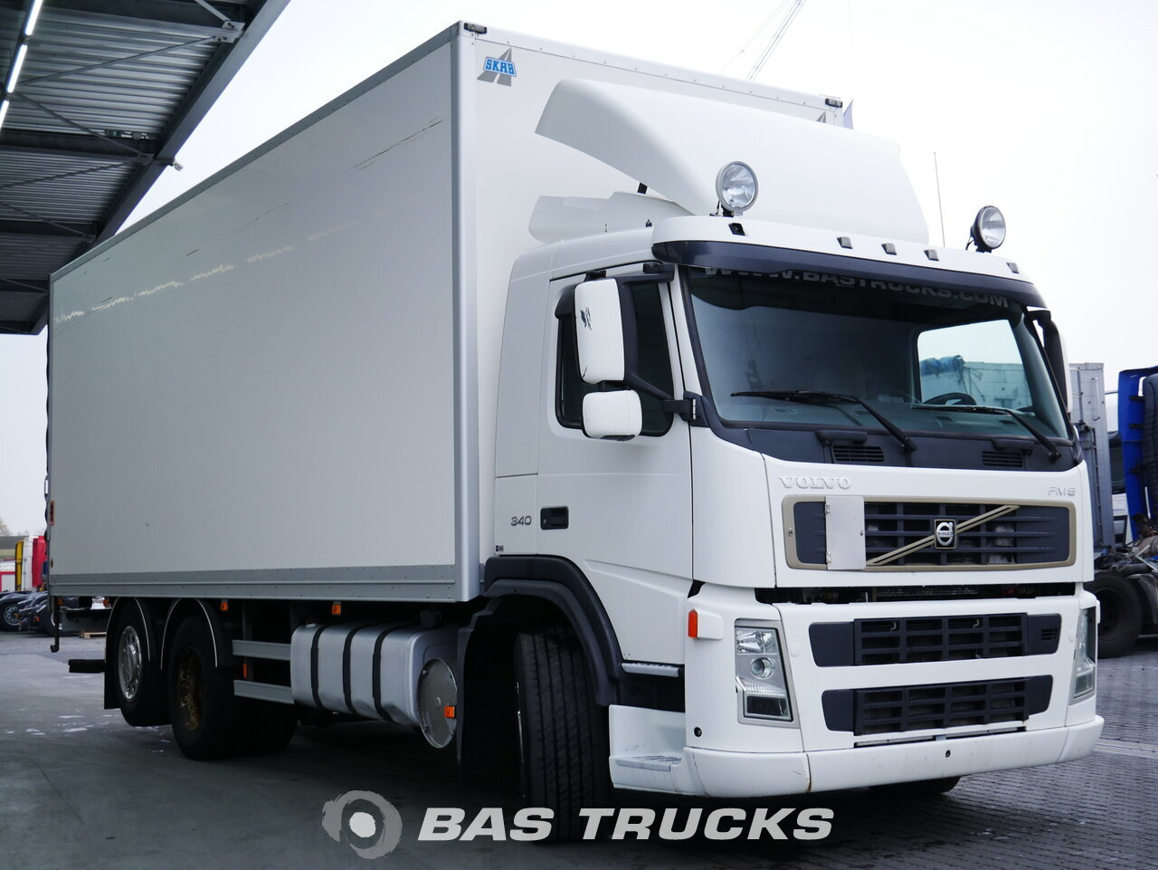 photo of Used Truck Volvo FM9 340 6X2 2006