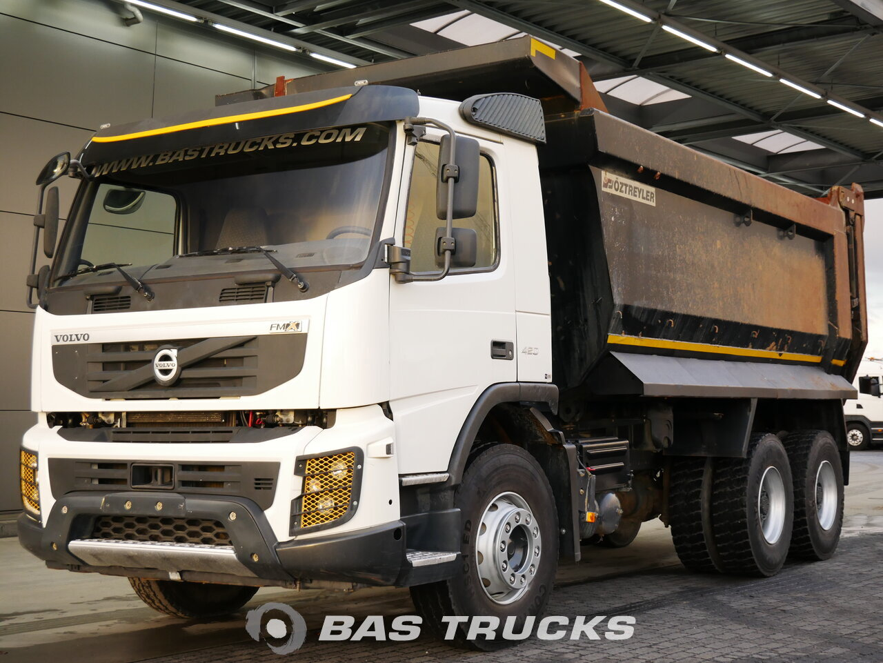 photo of Used Truck Volvo FMX 420 6X4 2013