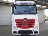 photo of New Tractorhead Mercedes Actros 1845 LS Kleine Unfall 4X2
