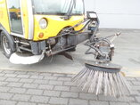 photo de Occasion  Divers Bucher Road sweeper - Veegmachine 4X2 2003