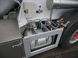 photo de Occasion  Semi-remorques Feldbinder 35.000 Ltr / 1 / 2x Liftachse Teut 35.3 3 Essieux 2002