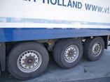 photo de Occasion  Semi-remorques Schmitz Trennwand Doppelstock Doppelverdampfer Palettenkasten SKO24 3 Essieux 2011