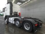photo de Occasion  Tracteur Volvo FM 460 RHD Unfall Fahrbereit 6X2 2010