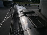 photo de Occasion Semi-remorques Burg 34.000 Ltr / 1 / Lift+ 2x Lenkachse BP0 13-30 RCZXX Essieux 2006
