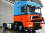 foto de Usado Cabeza tractora DAF XF105.410 4X2 2011