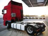 foto de Usado Cabeza tractora DAF XF105.460 4X2 2008