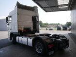 foto de Usado Cabeza tractora DAF XF105.510 4X2 2013