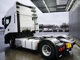 foto de Usado Cabeza tractora IVECO Stralis Hi-Way AS400S42 4X2 2015