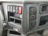 foto di Usato Motrice Renault Kerax 400.40 8X4 2004