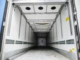 foto di Usato Semirimorchio Schmitz Doppelstock Bi-temp Multitemp Trennwand Vector 1850mt assi 2012