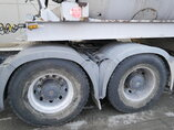 photo of Used Semi-trailer Mol 12m3 AM12 M1012/20T/37/2 Axels 2006