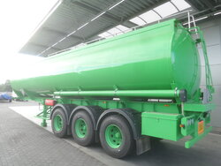 photo of New Semi-trailer Joluso NEW UNUSED! 35.000 Ltr / 2 / SXCI 3DPB 105 00 3 Axels