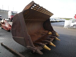 photo of Used Attachments Caterpillar 992 bucket Track 2007