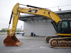 photo of Used Construction equipment Caterpillar 349 D2L Track 2014