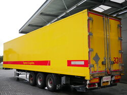 photo of Used Semi-trailer Groenewegen Liftachse Ladebordwand Hartholz-Boden DRO-14-27 Axels 2005