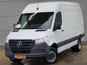 d98acb00d4c1d3 photo of Used Light commercial vehicle Mercedes Sprinter 2019