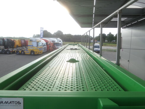 photo of New Semi-trailer Joluso 35.000 Ltr / 2 / SXCI 3DPB 105 00 3 Axels