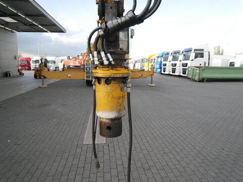 photo of Used Construction equipment Caterpillar Multicdocker CH55 8X4 1998