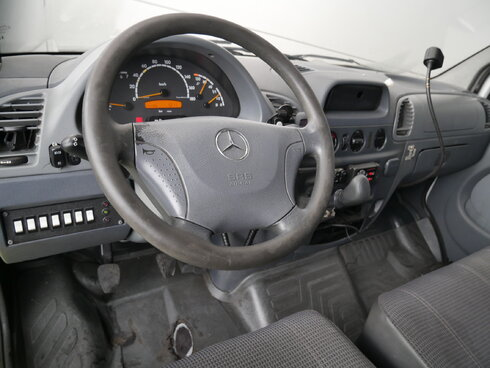 photo of Used Light commercial vehicle Mercedes Sprinter 2006
