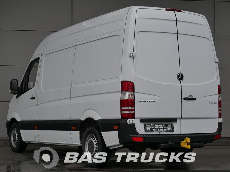 mercedes sprinter leichte nutzfahrzeuge 17400 bas trucks. Black Bedroom Furniture Sets. Home Design Ideas