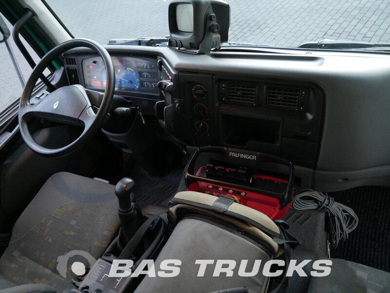 Foto van Gebruikt Bakwagen Renault Midlum 220 4X2 2003