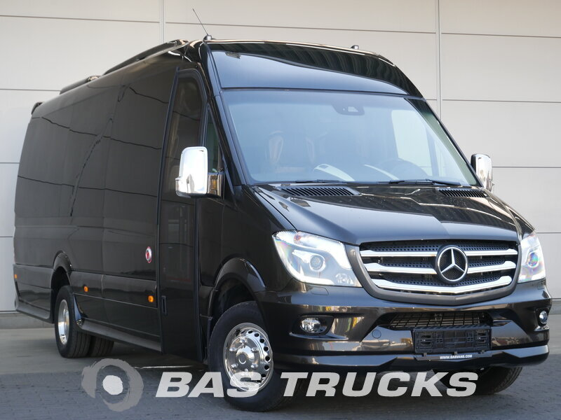 photo of New Light commercial vehicle Mercedes Sprinter
