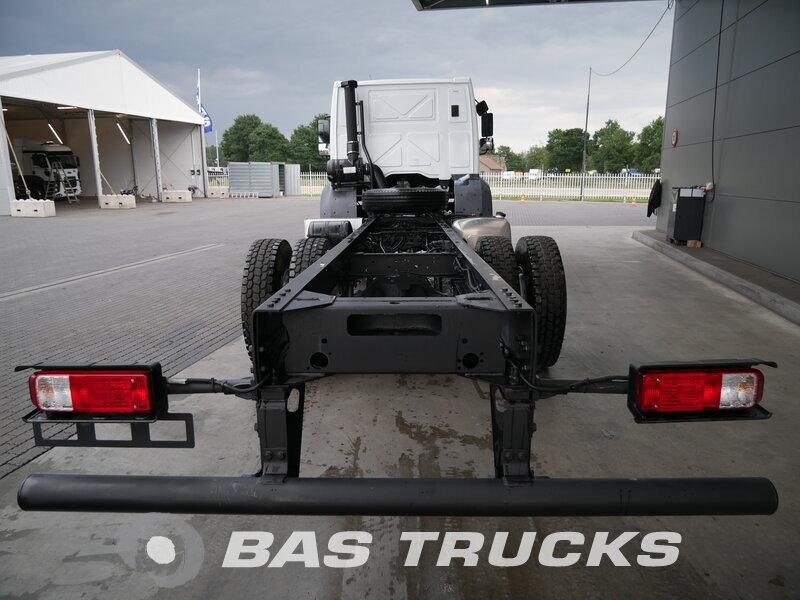 photo de Nouveau Camion Ford Cargo 1832 4X2