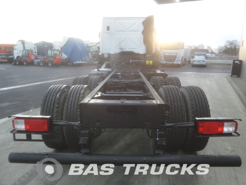 photo de Nouveau Camion Ford Cargo 2533 D 6X2
