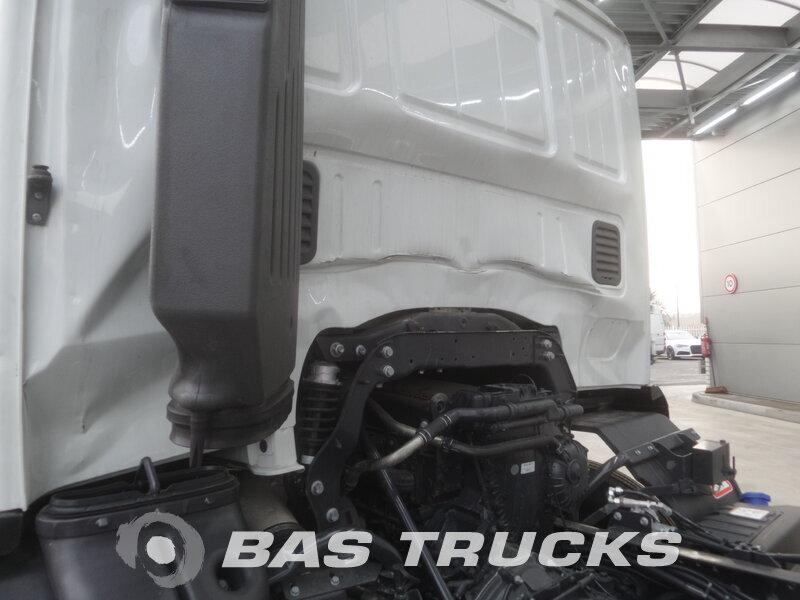 photo de Nouveau Camion IVECO Stralis Hi-Street AD260S48 Unfall 6X2