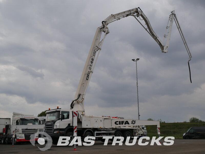 photo de Nouveau Camion Scania P380 Cifa 48m. boom 8X4