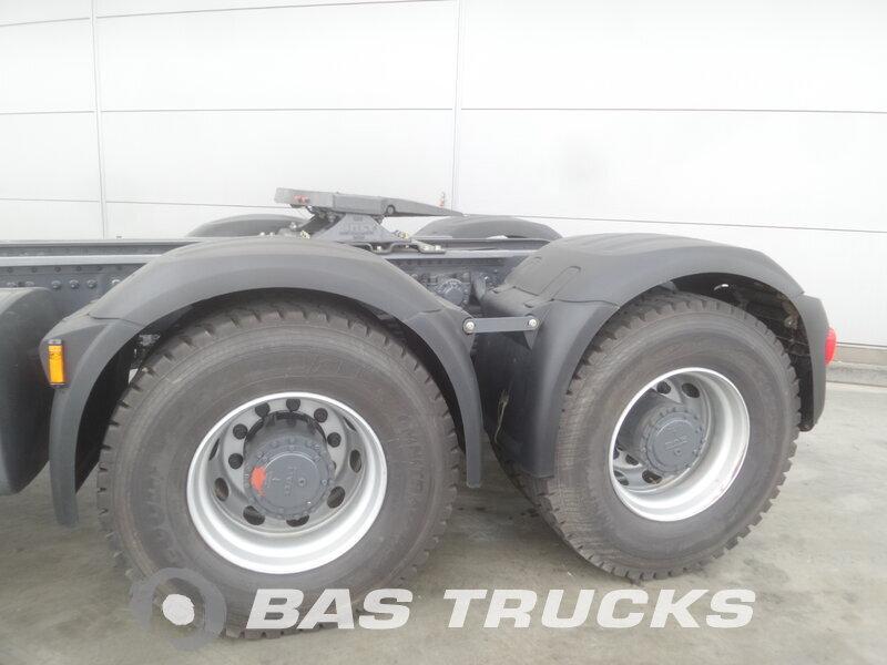 photo de Nouveau Tracteur DAF CF85.460 6X4