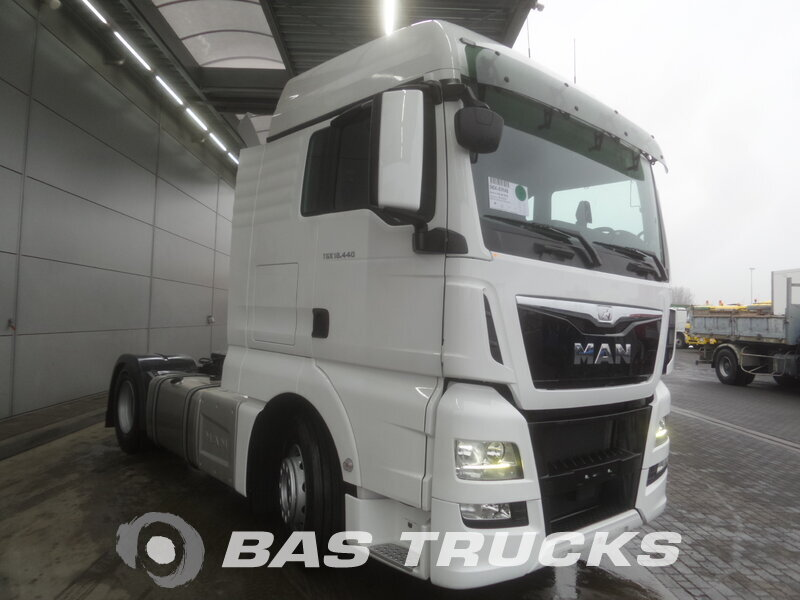 photo de Nouveau Tracteur MAN TGX 18.440 XLX 4X2