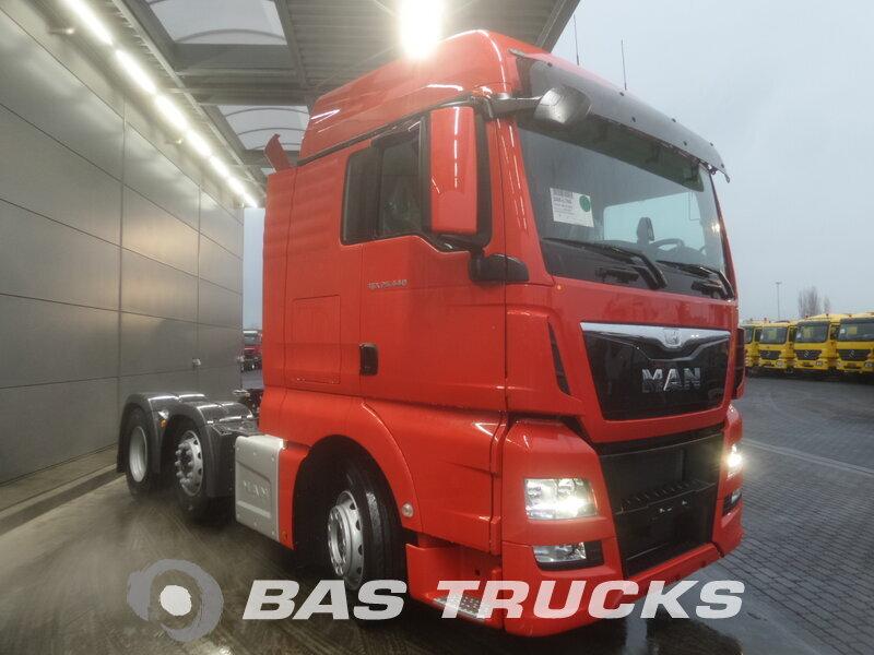 photo de Nouveau Tracteur MAN TGX 26.440 XLX 6X2