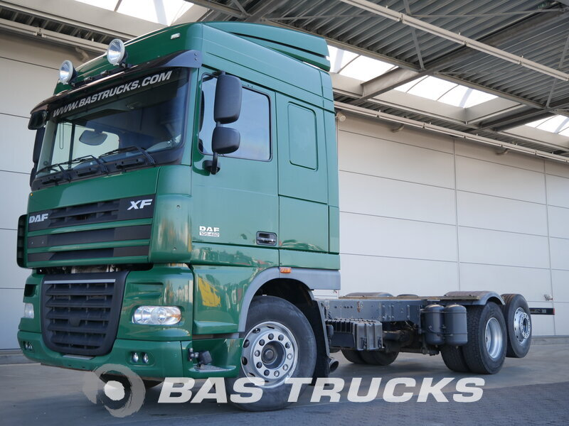 photo de Occasion  Camion DAF XF105.460 6X2 2010