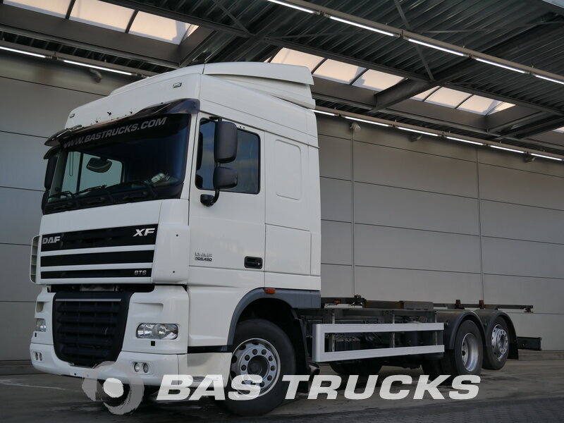 photo de Occasion  Camion DAF XF105.460 6X2 2011
