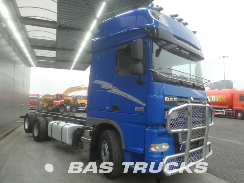 photo de Occasion  Camion DAF XF105.510 SSC 6X2 2009