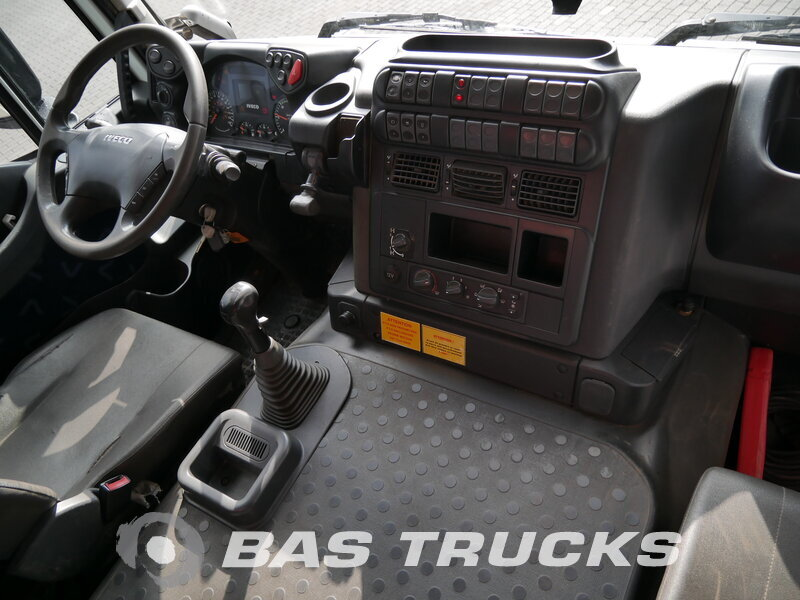 photo de Occasion  Camion IVECO Trakker AD410T45 8X4 2009