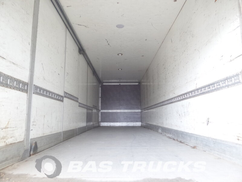 photo de Occasion  Camion Mercedes Actros 2540 L 6X2 2001