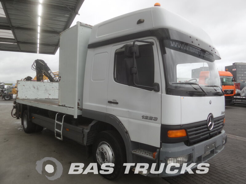 photo de Occasion  Camion Mercedes Atego 1223 L 4X2 2003