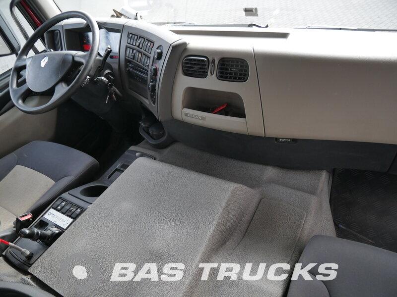 photo de Occasion  Camion Renault Kerax 460 8X4 2011