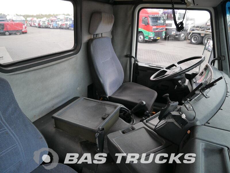 photo de Occasion  Camion Scania P93 220 4X2 1995