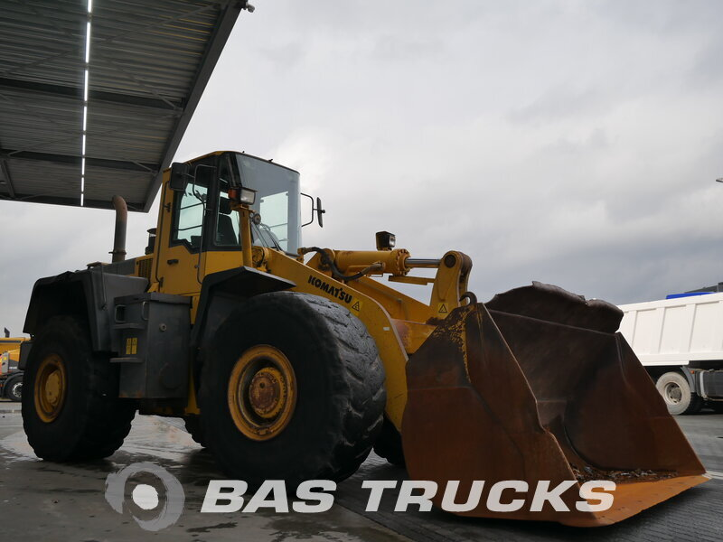 photo de Occasion  Machine de construction Komatsu WA 470-3H 4X4 2001