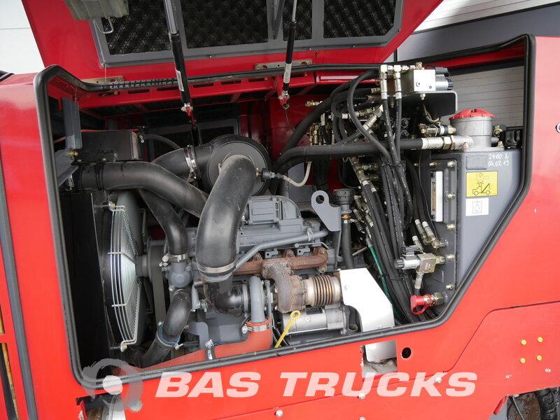 photo de Occasion  Machine de construction Wirtgen  W 50 DC 4X2 2005
