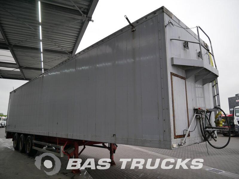 photo de Occasion  Semi-remorques Reisch 92m3 Cargo Floor. Type: CF3 RSBS-35/24LK 3 Essieux 2000