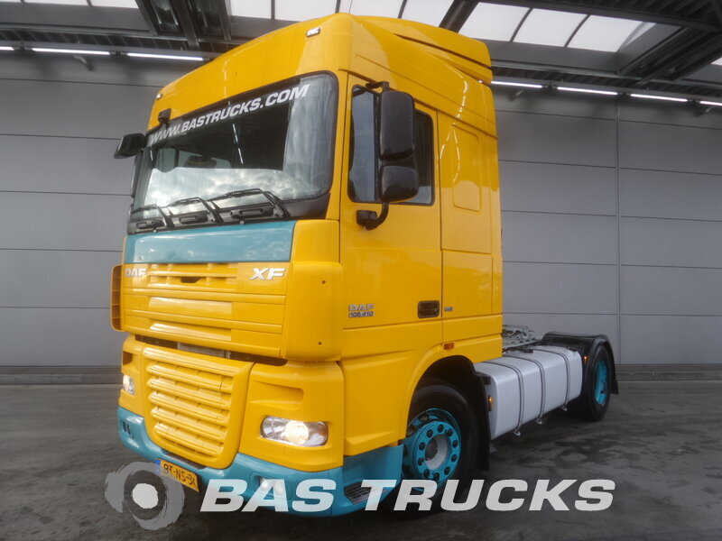 photo de Occasion  Tracteur DAF XF105.410 4X2 2008